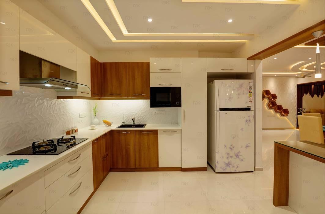 by RAK Interiors Modern