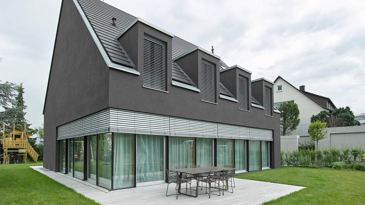 Raffstore:  Fenster von Markisen Zanker im Raum Stuttgart