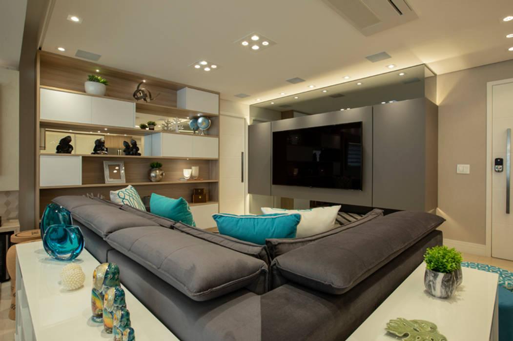 Apto. Vereda Reserva IV: Salas de estar  por LAM Arquitetura | Interiores,Moderno
