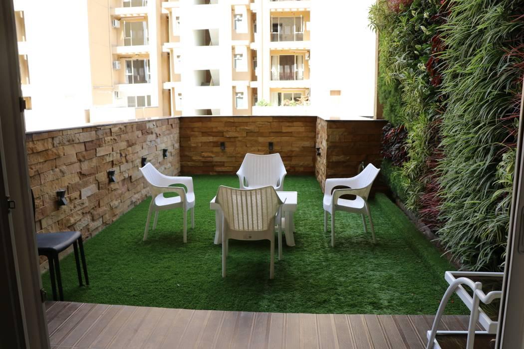 Bishnoi's Residence Modern balcony, veranda & terrace by Pixilo Design Modern