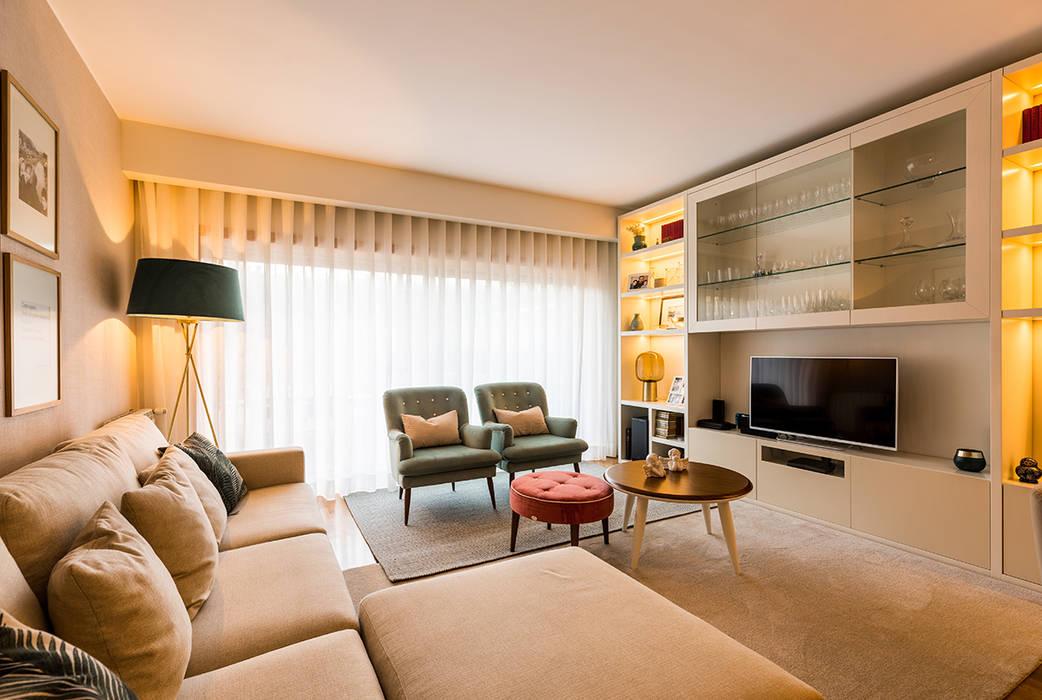 Sala de estar - Moradia em Miramar - SHI Studio Interior Design Salas de estar modernas por SHI Studio, Sheila Moura Azevedo Interior Design Moderno