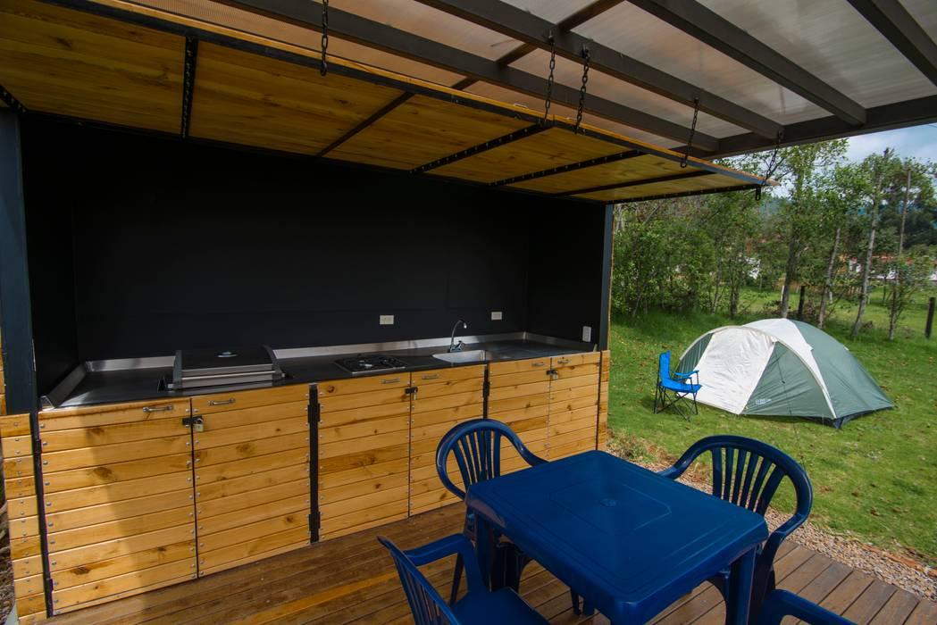 Modulo Barbecue + baños: Bungalows de estilo  por Camacho Estudio de Arquitectura