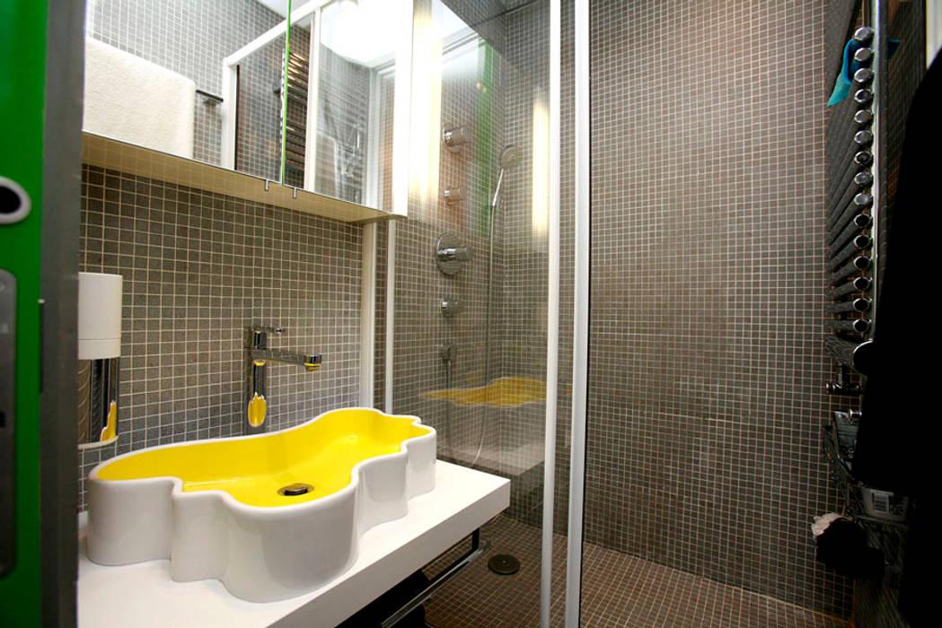 Bathroom by Irina Yakushina, Minimalist