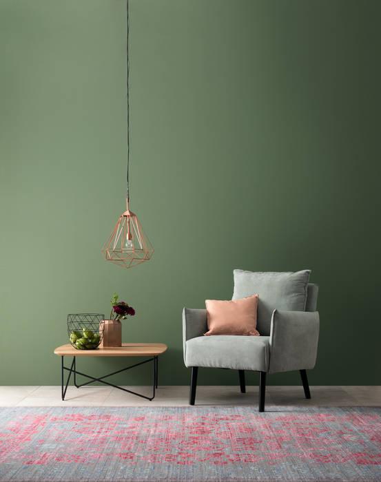 Designfarbe ausgeglichenes piniengrün: wohnzimmer von ...