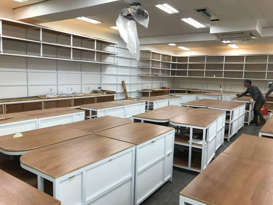 메이커스페이스-계남초등학교 DB DESIGN Co., LTD. 인더스트리얼 스타일 학교 우드 그레인
