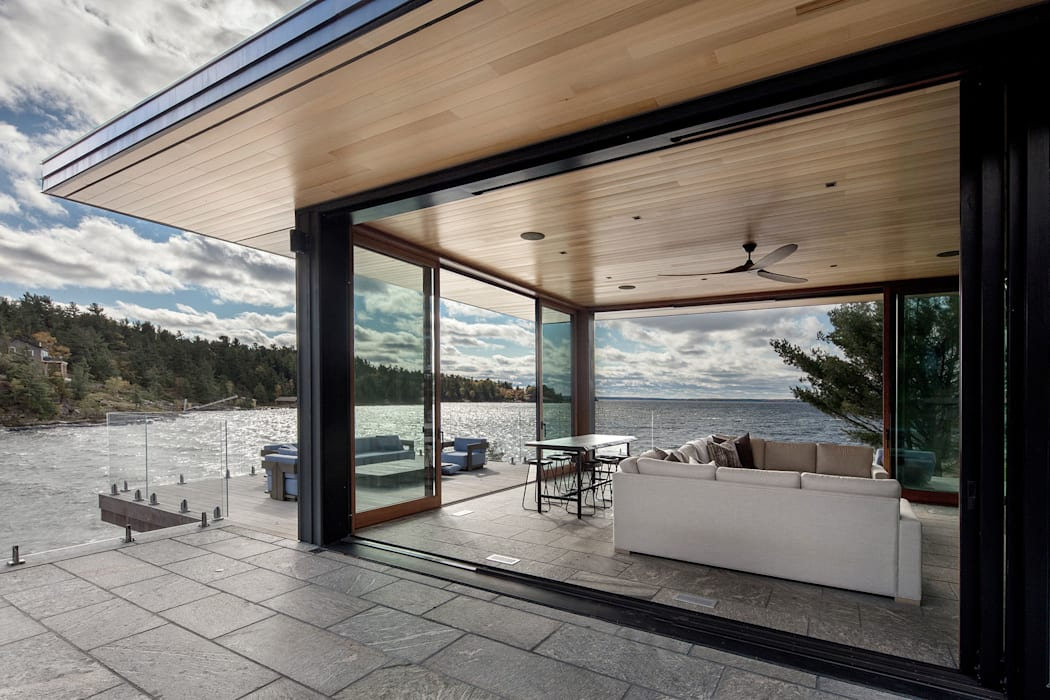 Contemporary Cottages in Ontario Modern terrace by Trevor McIvor Architect Inc Modern