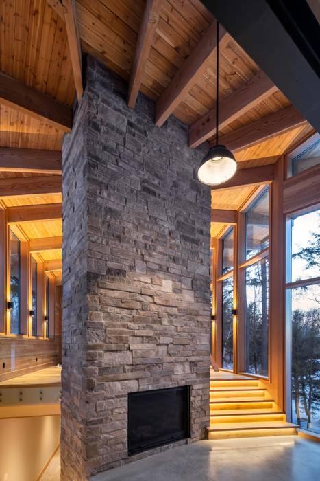 Oleh Trevor McIvor Architect Inc Modern