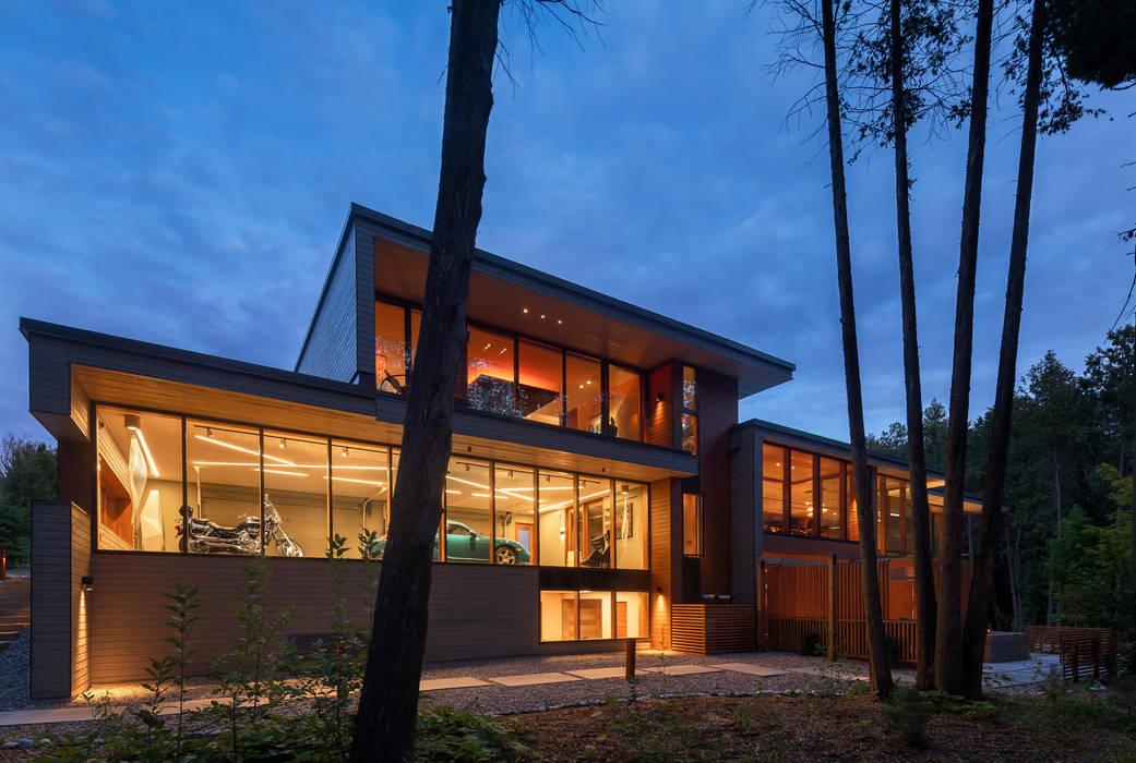 Casas de estilo moderno de Trevor McIvor Architect Inc Moderno