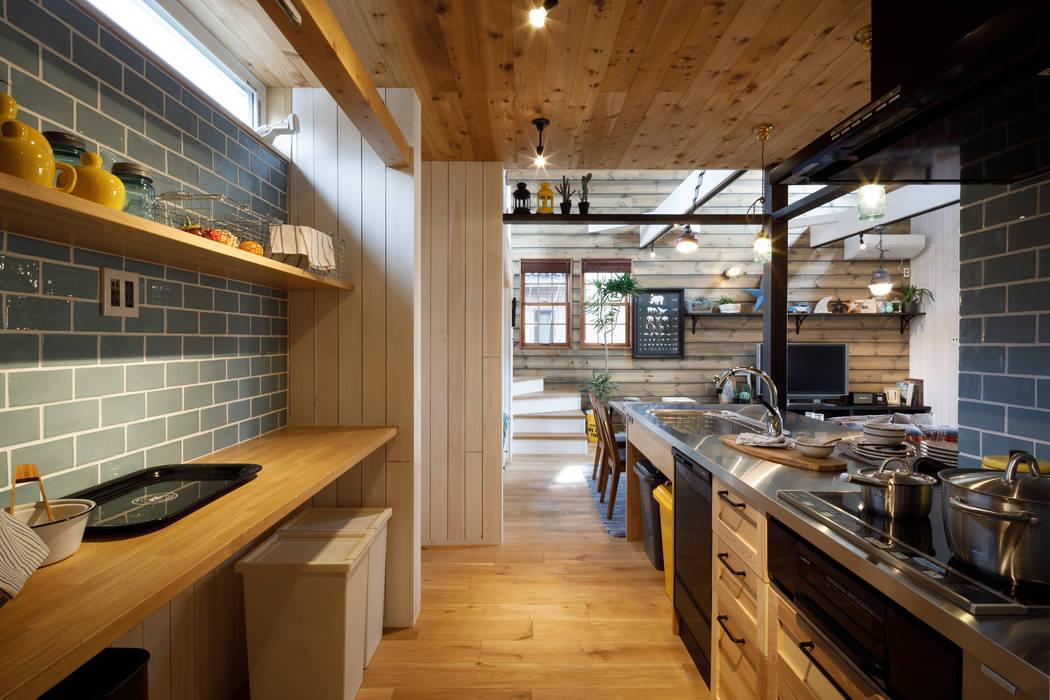 house-20: dwarfが手掛けたキッチン収納です。