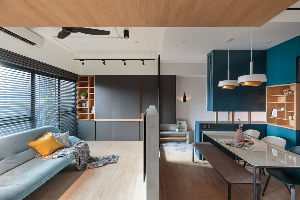Living room by Moooi Design 驀翊設計,