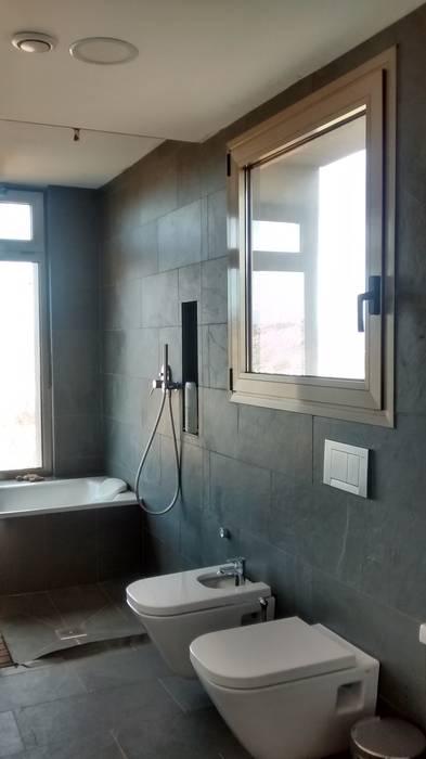 Modern Banyo Estudio1403, COOP.V. Arquitectos en Valencia Modern