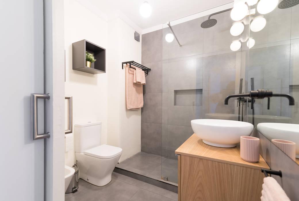 Rima Design - Casa de banho : Casas de banho  por Rima Design