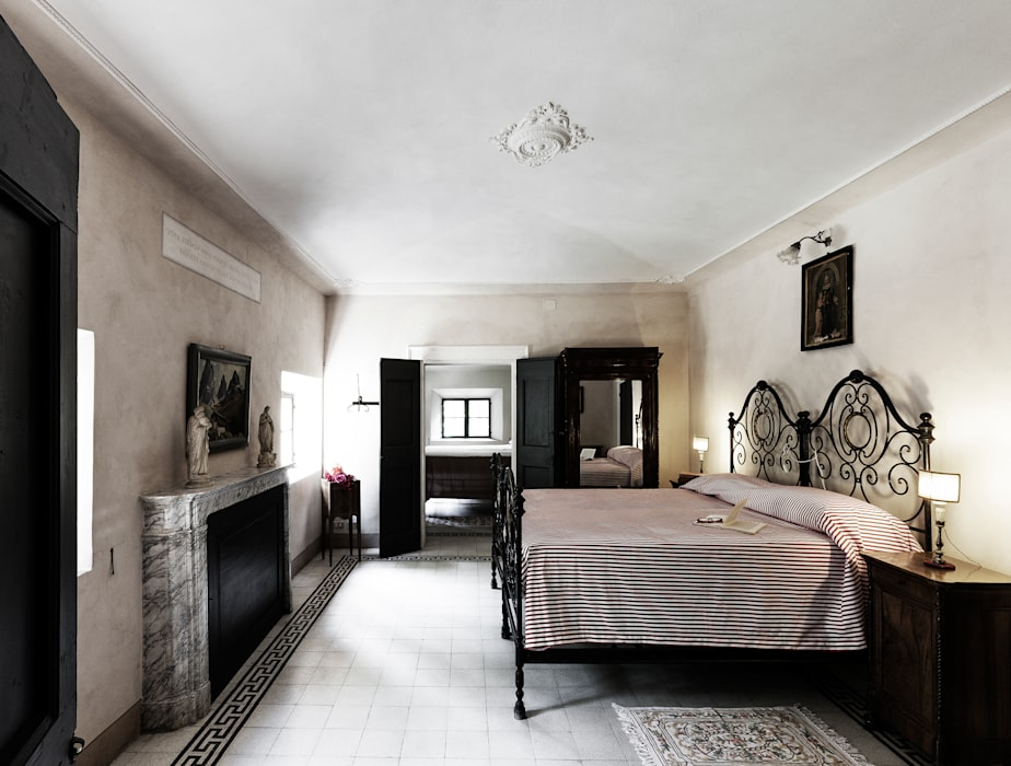 elena romani PHOTOGRAPHY의  침실