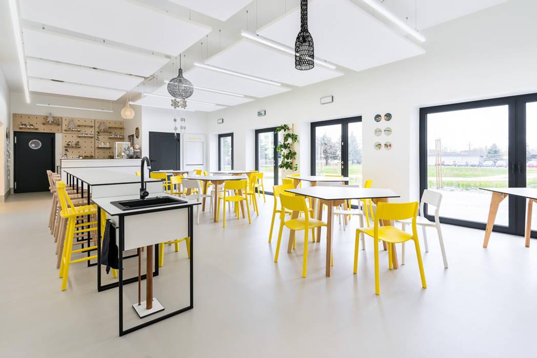 인더스트리얼 스타일 학교 by PORT pracownia i studio architektury 인더스트리얼