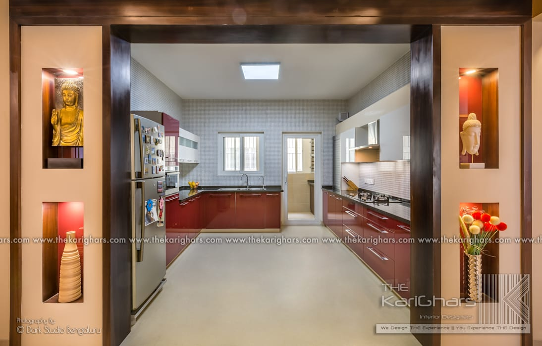Kitchen Designs :  Small kitchens by The KariGhars