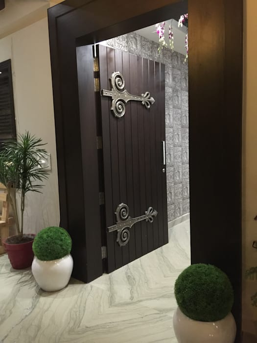 Main Door :  Doors by KathKarma Projects Pvt Ltd.,Modern