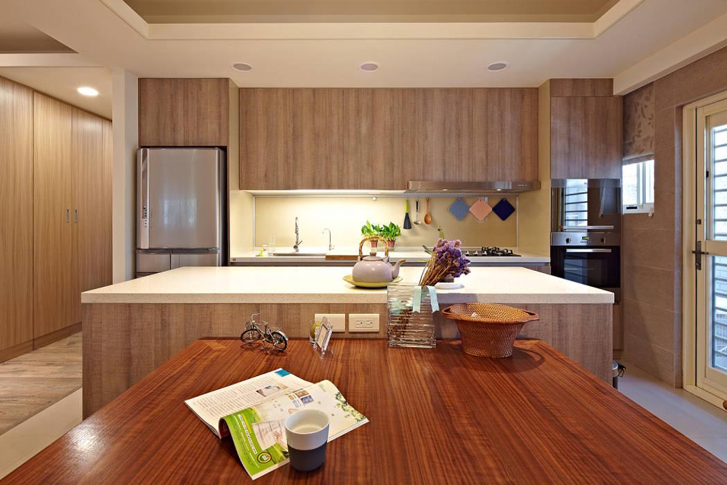 歸屬感:  廚房 by 耀昀創意設計有限公司/Alfonso Ideas, 北歐風