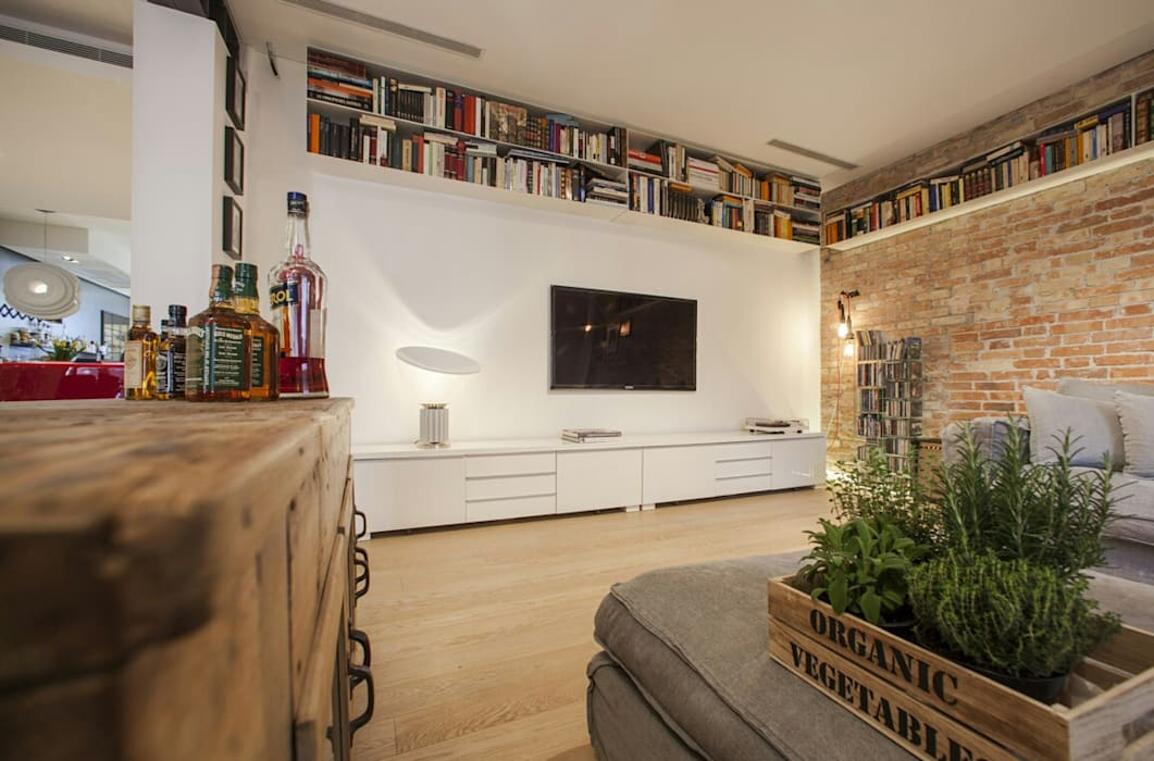 Media room by ANTEPOST , Industrial