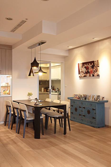 環環相扣:  廚房 by 耀昀創意設計有限公司/Alfonso Ideas, 北歐風