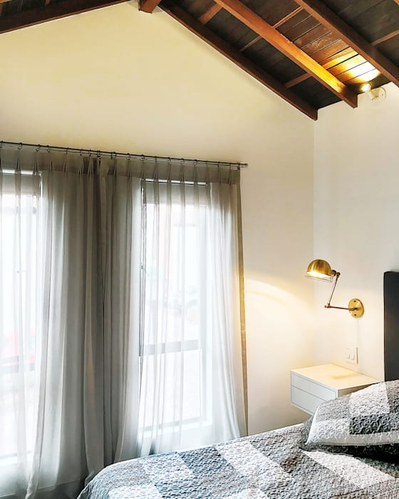 Petites chambres de style  par CHAVARRO ARQUITECTURA