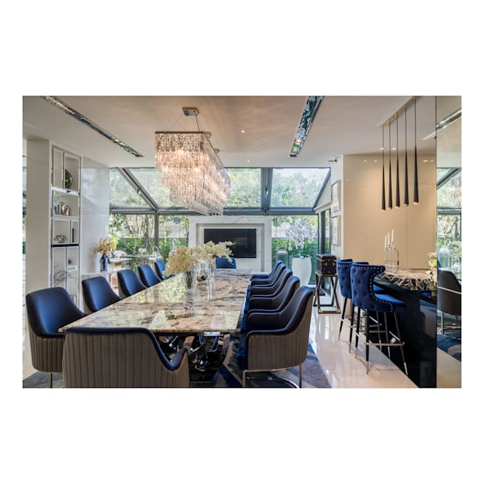 NS house / พระราม2:  ห้องทานข้าว โดย Thaan Studio , โมเดิร์น