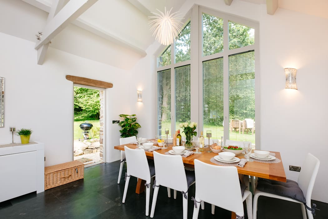 Mill Barn, Cardinham Country style dining room by Perfect Stays Country