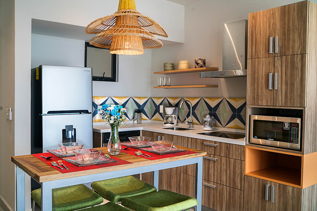 Kitchen by Andrea Loya, Tropical