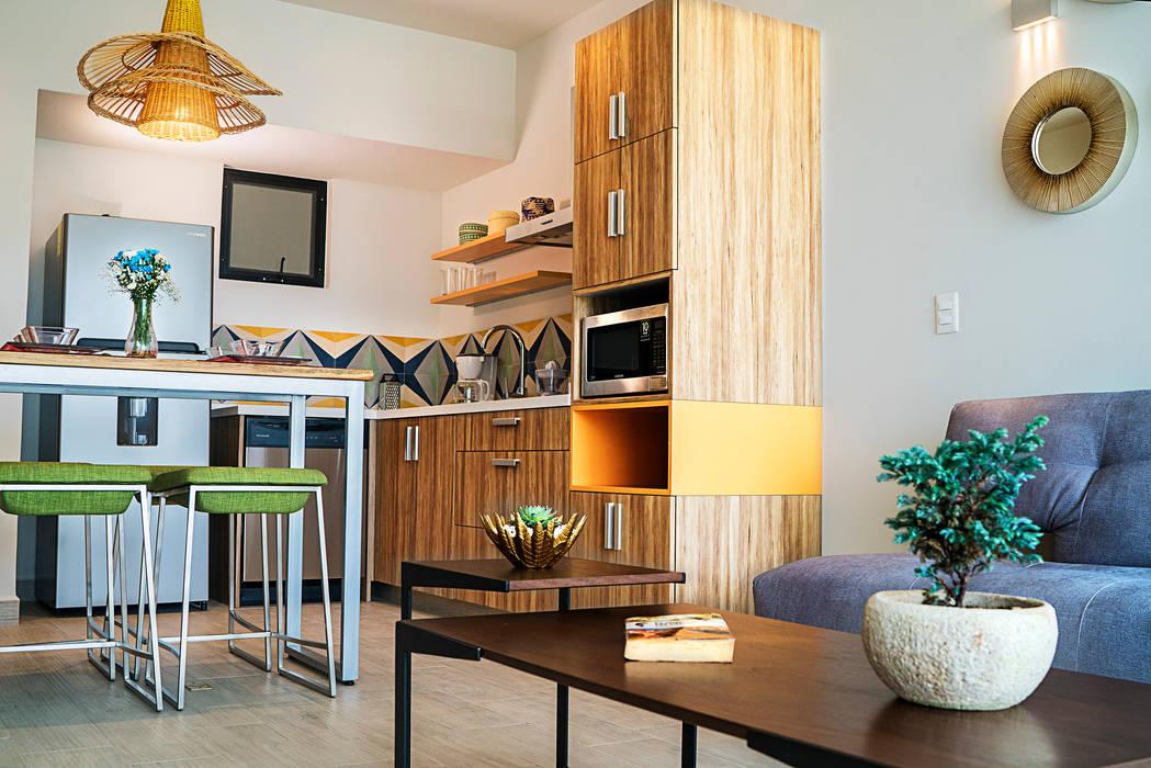 Opal Suites, Playa del Carmen Andrea Loya Cocinas tropicales