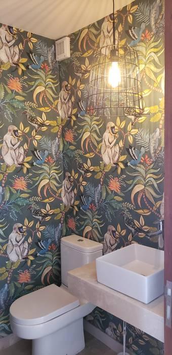 Baño: Baños de estilo  por Constructora CYB Spa,