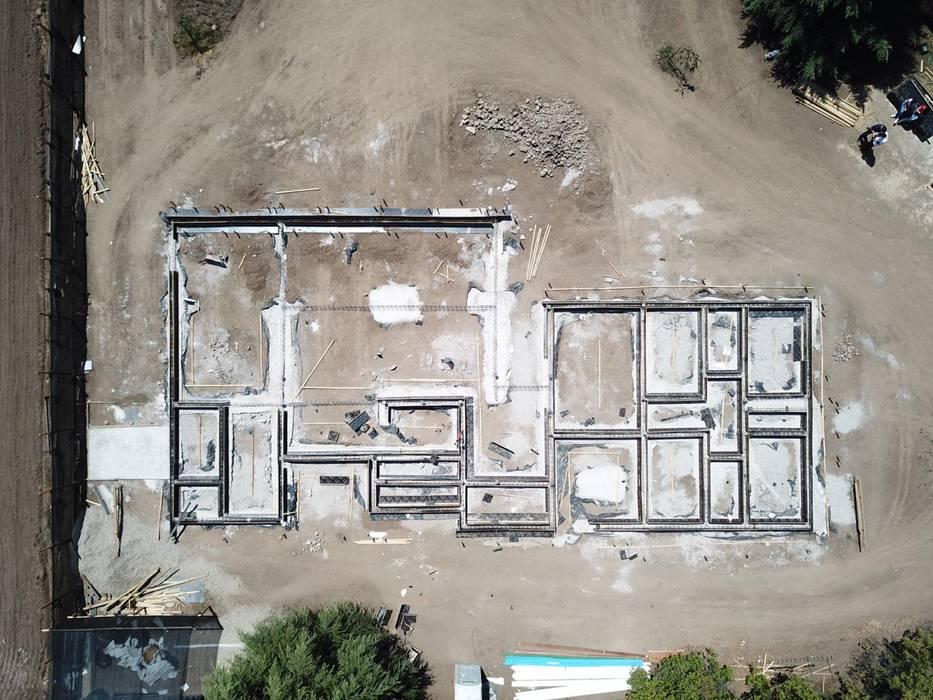 Vista aérea: Casas unifamiliares de estilo  por Constructora CYB Spa
