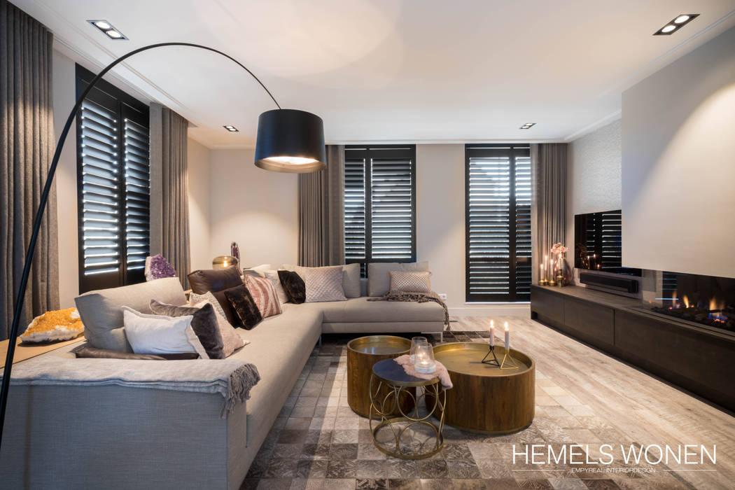 Modern living room by Hemels Wonen interieuradvies Modern لکڑی Wood effect