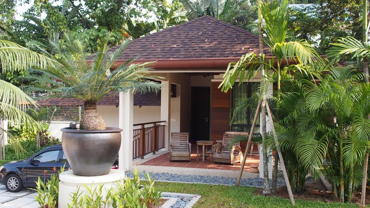 Luxury Bungalow In Sungai Penchala Kuala Lumpur:  Garden by Mode Architects Sdn Bhd