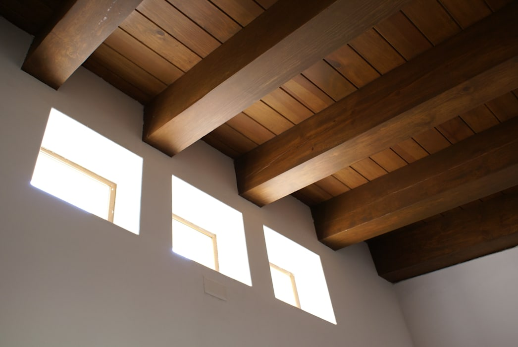 Lean-to roof by ARQUIQUALITA, Modern