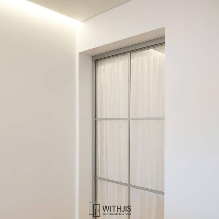 pintu dalam oleh WITHJIS(위드지스), Modern Aluminium/Seng