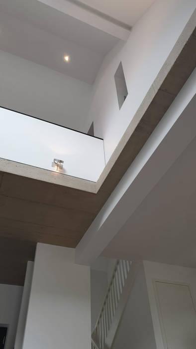 Spitzboden:  Dach von InnenArchitektur Buchholz