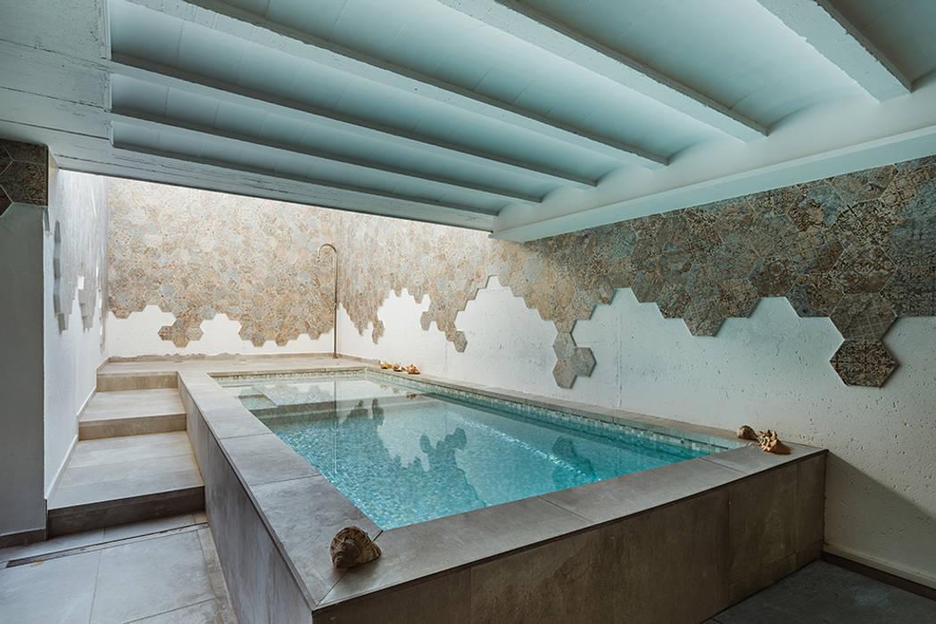 OOIIO Arquitectura en Madrid의  정원 수영장,