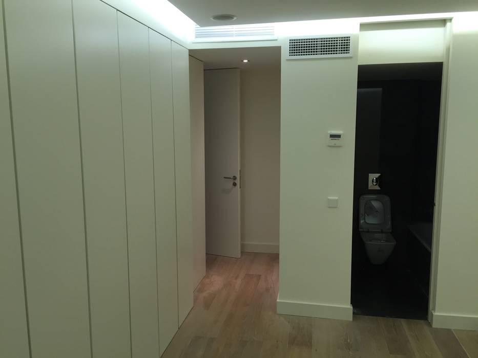 Reforma integral de vivienda en Madrid de Reformas Raviro Moderno