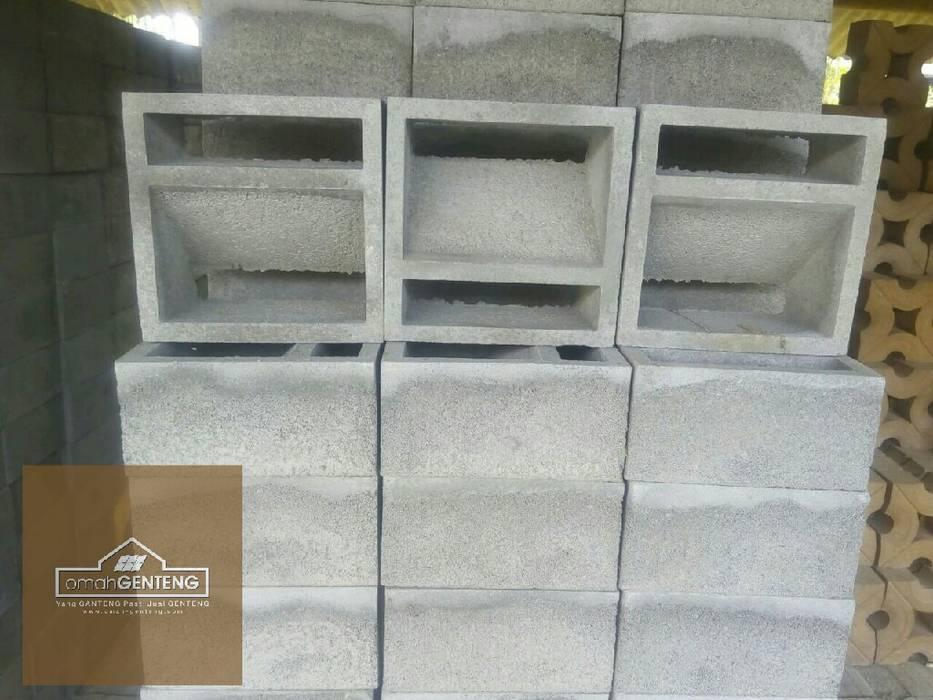 HP/WA: 08122833040 - Roster Beton Jakarta - Omah Genteng Hotel Minimalis Oleh Omah Genteng Minimalis Beton