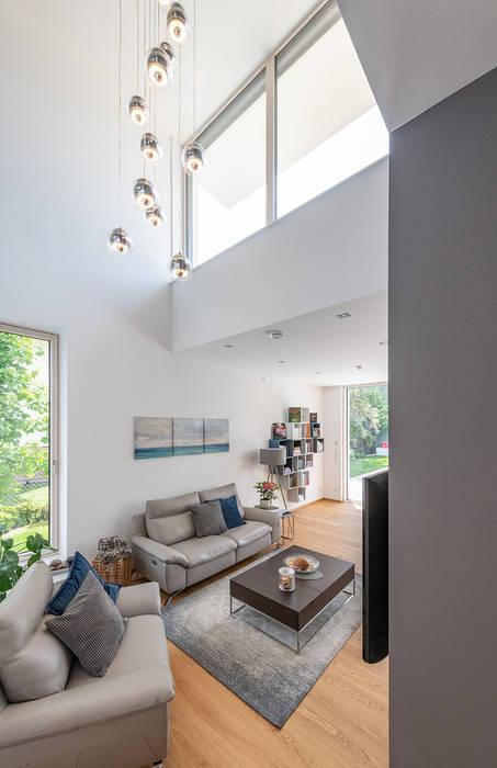 Modern living room by AL ARCHITEKT - in Wien Modern