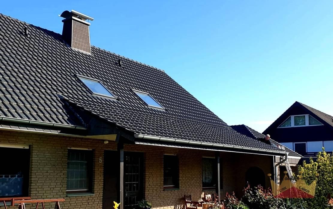 Dachreparatur in Enger:  Satteldach von Dachdeckermeisterbetrieb Dirk Lange