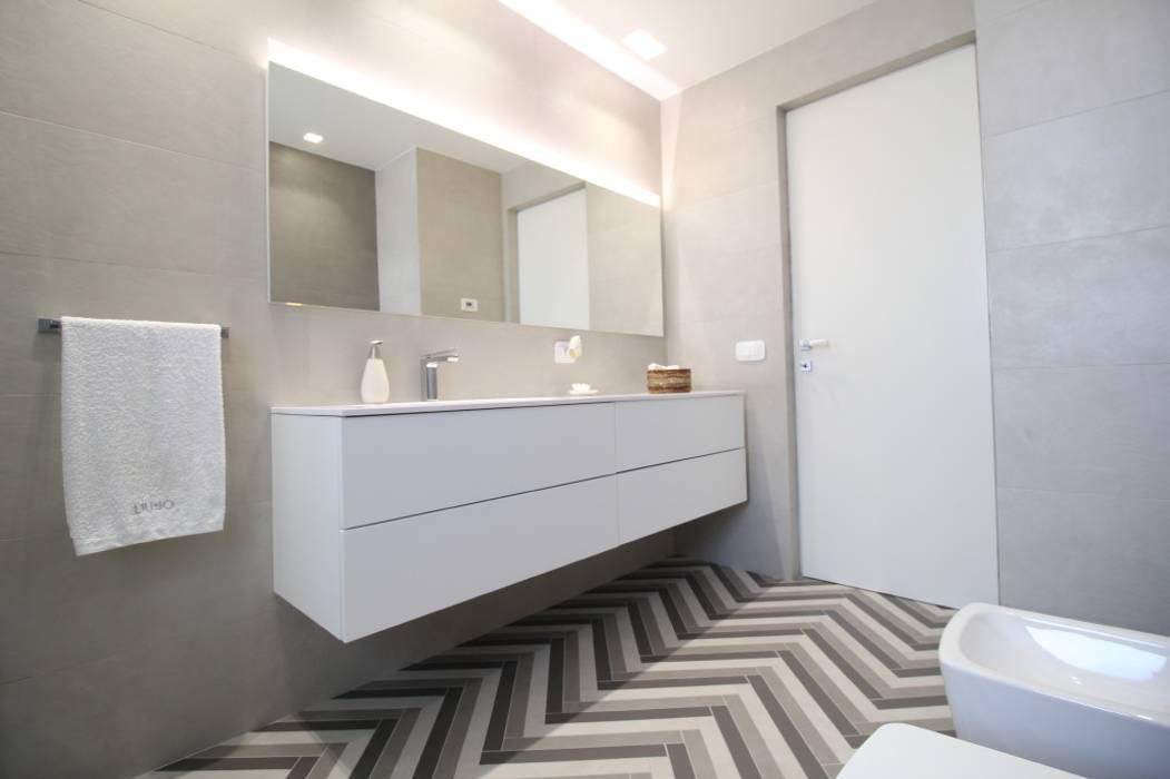 Moderne Badezimmer von Giuseppe Rappa & Angelo M. Castiglione Modern
