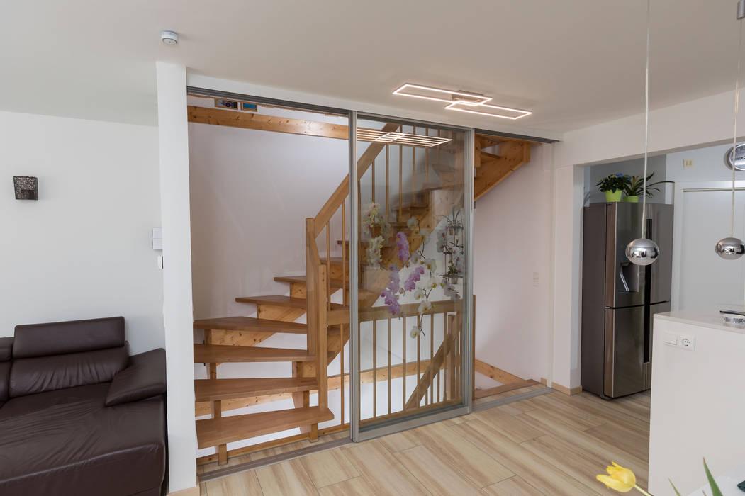 Schiebetüren von ASADA Schiebetüren und Möbel nach Maß - Ulrich Schablowsky Modern