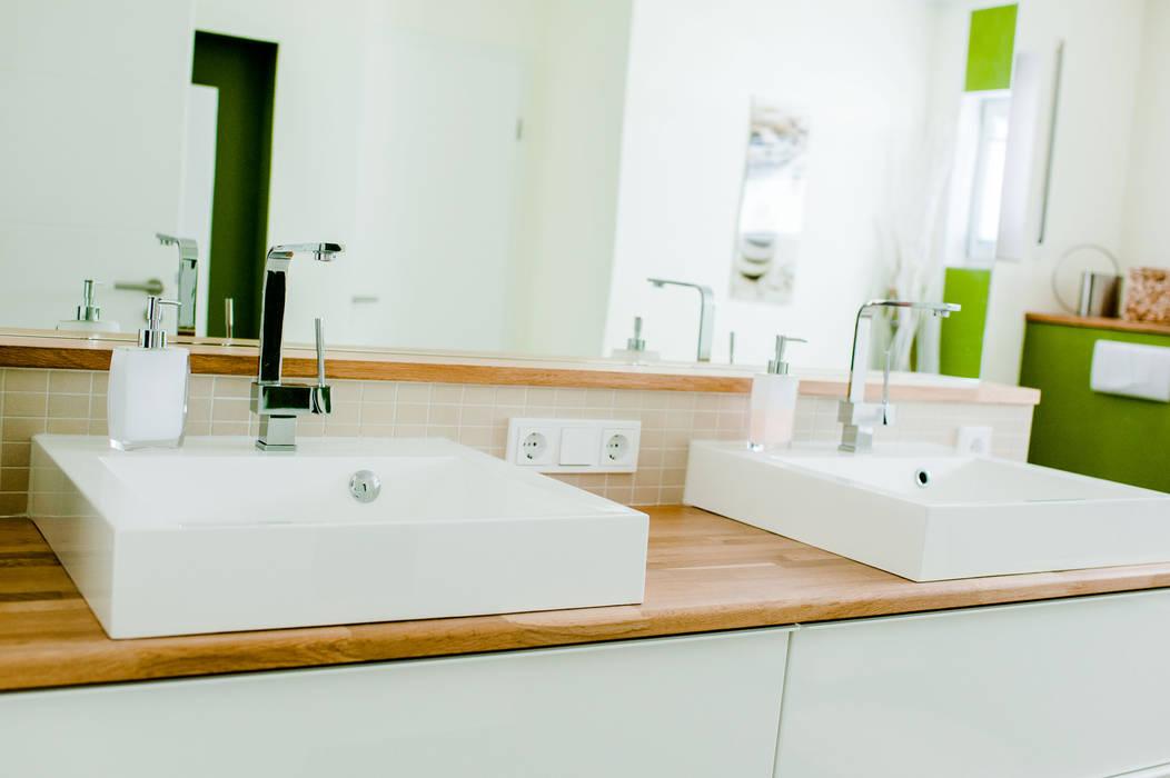 Eckige aufsatzwaschbecken: badezimmer von t-raumkonzept ...