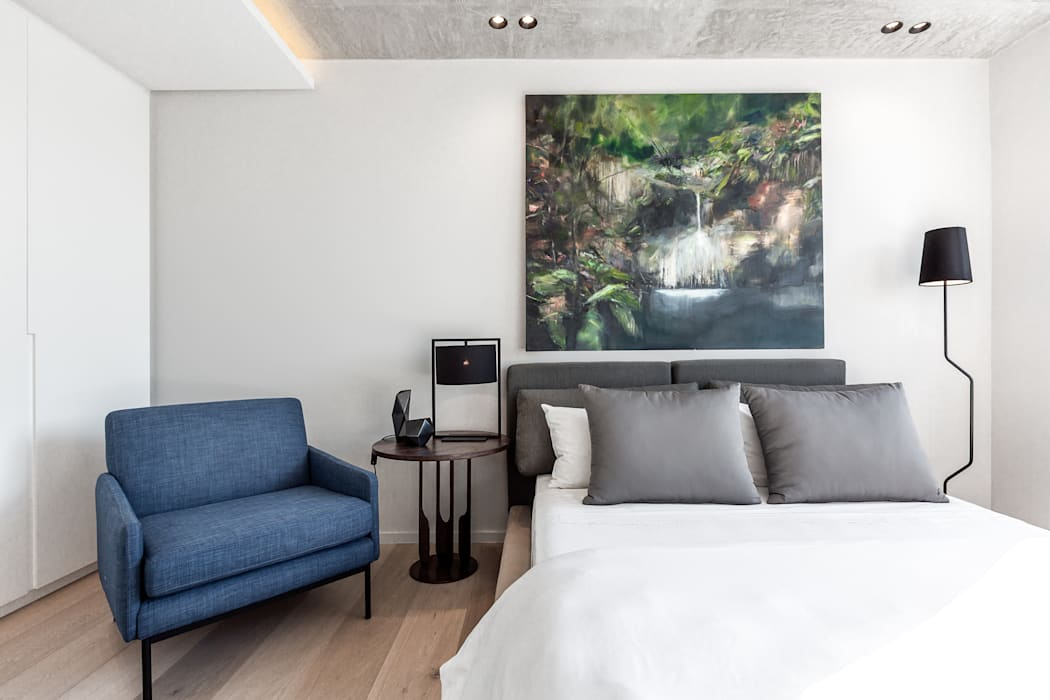 152 Waterkant Minimalist bedroom by GSQUARED architects Minimalist
