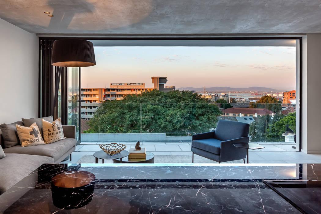 Livings de estilo minimalista de GSQUARED architects Minimalista