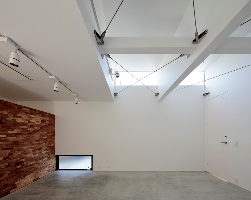 Skylights by 稲山貴則 建築設計事務所, Modern