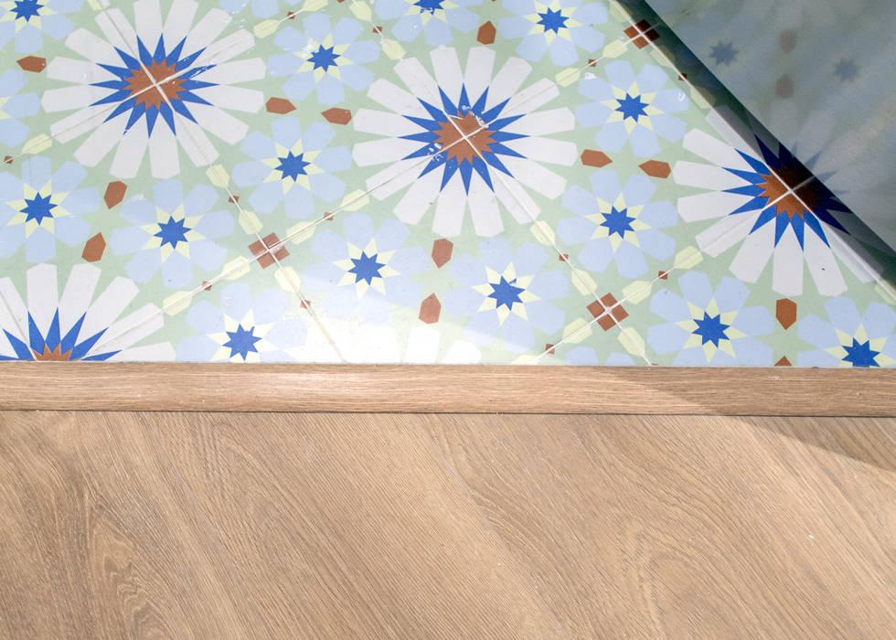 Pavimento hidráulico de Grupo Inventia Moderno Azulejos