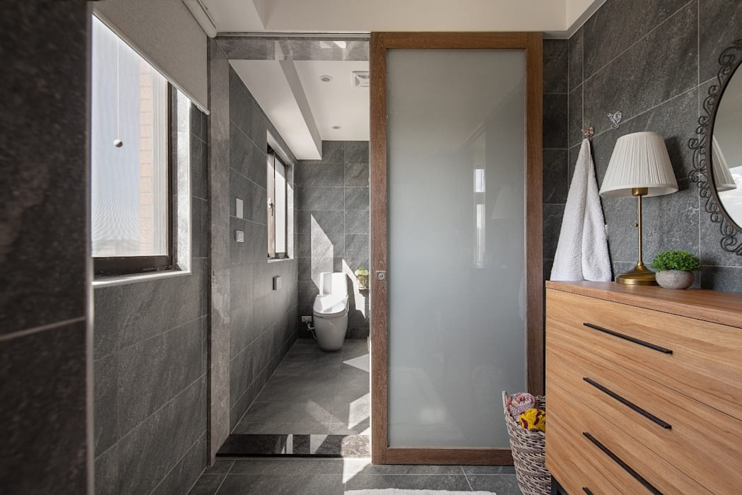 Industrial style bathroom by 權相室內裝修設計有限公司 Industrial