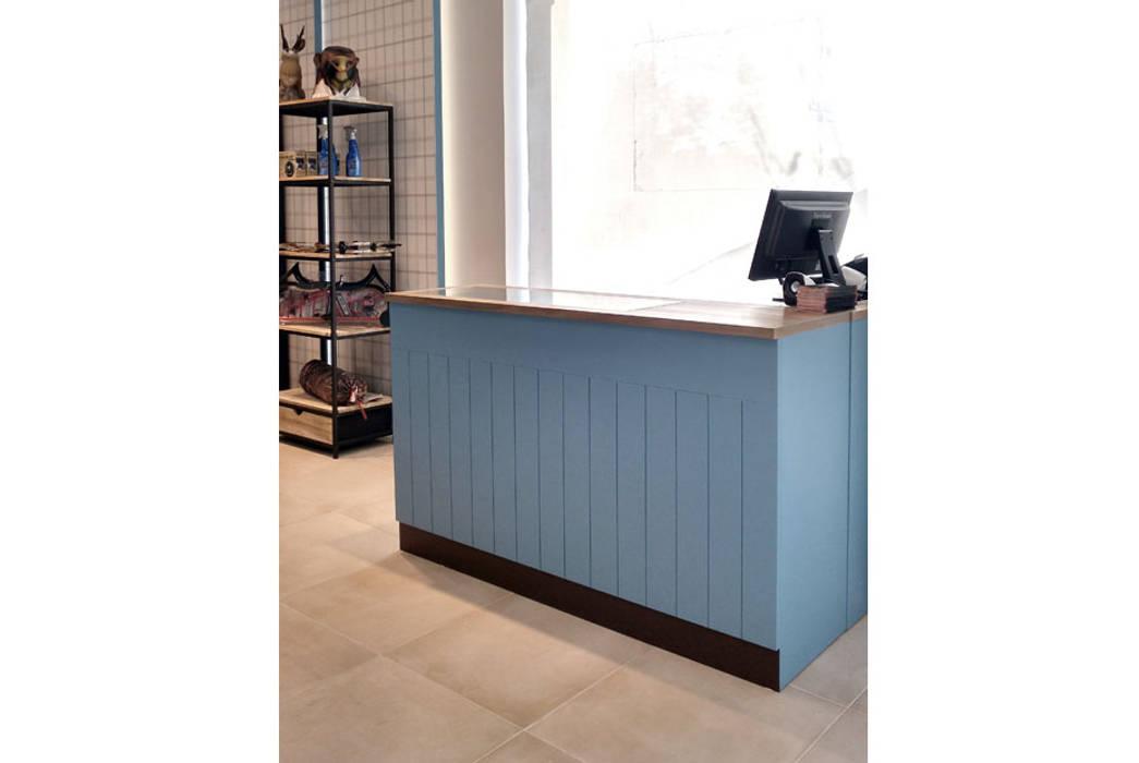 bởi CARMITA DESIGN diseño de interiores en Madrid Địa Trung Hải Gỗ Wood effect