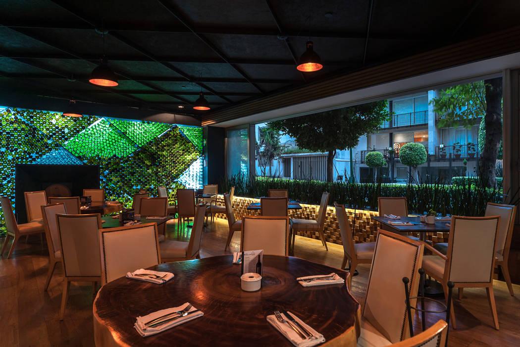 Guria Polanco: Restaurantes de estilo  por Onno Arquitectos, Moderno